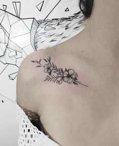 42 Beautiful Collar Bone Tattoos Designs and Ideas of 2019 collar bone tattoos, shoulder tatt. - 42 Beautiful Collar Bone Tattoos Designs and Ideas of 2019 collar bone tattoos, shoulder tattoos, c - Collar Bone Tattoo Quotes, Collar Bone Tattoo Small, Small Wrist Tattoos, Cute Small Tattoos, Pretty Tattoos, Tattoos For Women Small, Collar Tattoo, Beautiful Tattoos For Women, Collar Bone Piercing