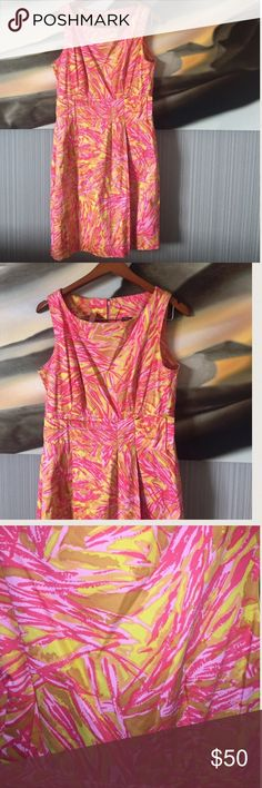 Printed NWT JUST TAYLOR DRESS Pink and mustard color awesome combination. This is a sheath dress a brand that is normally so at Neiman Marcus. New with tag. 38 inches flat. Fully lined 97% cotton 3% spandex Taylor Dresses Dresses Midi