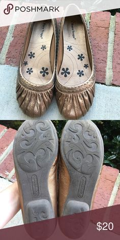Bare Traps metallic bronze slip on shoes size 8 Bare Traps metallic bronze slip on shoes size 8 Bare Traps Shoes Flats & Loafers
