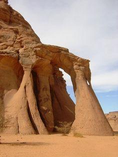 Arco Naturale Tin Khilqa  Libia