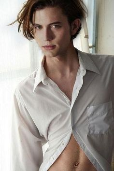 Jackson Rathbone (Rob Pat is waaaayyy overrated. )