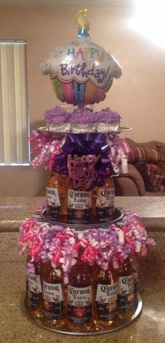 Birthday Diy Gift Baskets 26 New Ideas Diy 21st Gifts, Party Gifts, Birthday Diy, Birthday Parties, Birthday Gifts, Birthday Ideas, Birthday Cakes, Graduation Parties, Beer Can Cakes