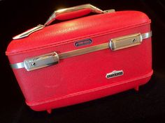 Retro Red Tiara Train Case by American Tourist c by JaybirdFinds