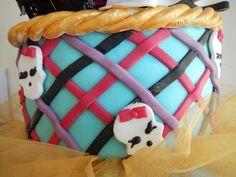 Monster High Birthday cake - Draculaura