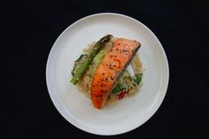Salmon on Couscous with Avocado, Radish and Asparagus Couscous, Asparagus, Salmon, Avocado, Tacos, Mexican, Eat, Ethnic Recipes, Food