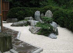 Japanese Garden Theme For A Getaway In Your Own Backyard Zen Rock Garden, Zen Garden Design, Dry Garden, Garden Stones, Garden Art, Landscape Design, Japanese Garden Style, Chinese Garden, Japan Garden