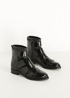MM6 Maison Martin Margiela Black Leather Strap Pull On Boot