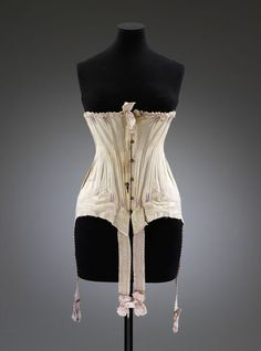 1909-1913, England - Corset - Silk, partly embroidered, elastic, satin ribbon, metal