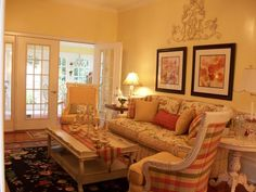 english country decorating | Beautiful use of colors; coral, green and ... | English Country Decor