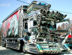 "Ever wondered what super blinged out Asian semi-trucks might look like? Well look no further. These Japanese monster trucks, known as Dekotora [デコトラ], an abbreviation for ""Decoration Truck"", look like gigantic Pinball machines on wheels. Big Rig Trucks, Semi Trucks, Cool Trucks, Cool Cars, Weird Cars, Crazy Cars, Japanese Cars, Japanese Monster, Japanese Style"
