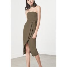 Shop Women's ASOS Green size 6 Midi at a discounted price at Poshmark. Description: NWT! Built in choker. From Lauren Kay Sims blog. No trades. All offers to be made through the offer button only. Sold by spottedd. Fast delivery, full service customer support.