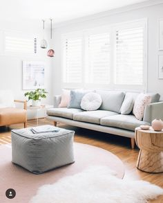 Living Room pic by oh.eight.oh.nine