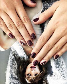 Hair And Nails, My Nails, Nail Manicure, Nail Polish, Color Block Nails, Girls Nails, Burgundy Nails, Perfect Nails, Nail Trends