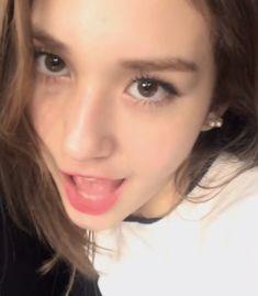 ♡ ⇢ ˗ˋˏ somi lq ˎˊ˗ ༄(@LQ_JEON)さん | Twitter I Love Girls, Sweet Girls, Cool Dpz, South Korean Girls, Korean Girl Groups, Jeon Somi, White Aesthetic, Ulzzang Girl, Stylish Girl