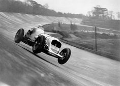 Brooklands - the world's first purpose-built motor racing circuit, constructed at Weybridge, Surrey (UK) in 1907.