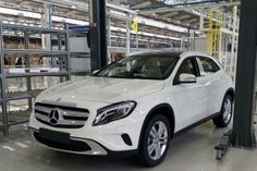 New Release 2015 Mercedes GLA India Review Front View Model