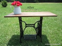 Simply Country Life: Antique Singer Sewing Machine Table Makeover