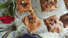 Suksessterte med sjokolade Crazy Cakes, Recipe Boards, Sugar, Cookies, Recipes, Food, Crack Crackers, Biscuits, Cookie Recipes
