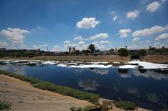 Rio Tietê tem mais capacidade que todo o Sistema Cantareira / Zanone Fraissat/Folhapress