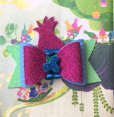 Items similar to Poppy Princess Troll Bow on Etsy Diy Crafts Love, Foam Crafts, Craft Foam, Diy Leather Bows, Bow Template, Custom Bows, Baby Hair Bows, Making Hair Bows, Diy Bow
