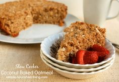 Slow Cooker Baked Oatmeal with coconut   Weight Watchers Friendly Recipes #Weight Watchers #CrockPot