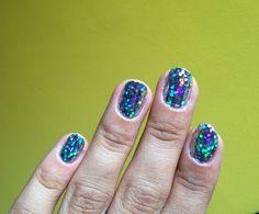 Nails nail foil holo hologram confetti silver colors disco ball nails nail art