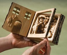 By Roy Ellery People can't resist picking up my log books and looking through them. Sometimes I'll write a story to accompany the scenes, but often I'll just let the images tell a unique story to each viewer. After purchasing a new scroll saw, I needed to create something to …