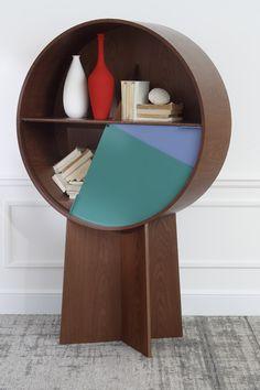 Design : la couleur s'invite sur les meubles en bois