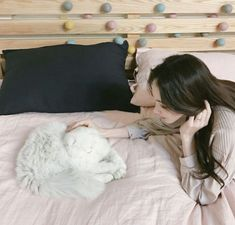 Cat Cat and Kang nehwa Girl Pictures, Girl Photos, Korean Girl Photo, Home Studio Photography, Bad Friends, Ulzzang Korean Girl, Uzzlang Girl, Girl House, Asia Girl