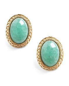 The jade earrings look so pretty and elegant. I bet they can pull any sensible outfit together!