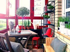 Фотография: Балкон, Терраса в стиле Восточный, Интерьер комнат, балкон квартиры, балкон как зона отдыха, идеи для балкона – фото на InMyRoom.ru