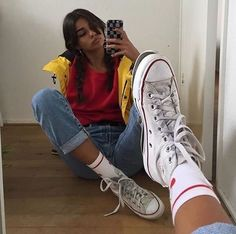 girl On bouncing Early morning BooBers be a bouncing hot women Mode Outfits, Grunge Outfits, Trendy Outfits, Girl Hipster Outfits, 90s Fashion, Fashion Outfits, Trendy Fashion, Socks Outfit, Vintage Outfits