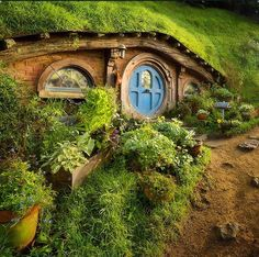 hobbit haus hobbit haus in neuseeland cottage ferienh user pinterest hobbit h user. Black Bedroom Furniture Sets. Home Design Ideas