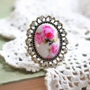 seeing how petunia was my nickname from my mom.i clearly need this. Cute Rings, Unique Rings, Vintage Rings, Vintage Jewelry, Diy Jewelry, Jewelry Accessories, Petunia, Parts Of A Flower, Fashion Hub