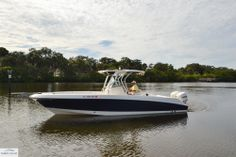 Scarab 30' T for sale - Tampa Yacht Sales - 727.647.5557
