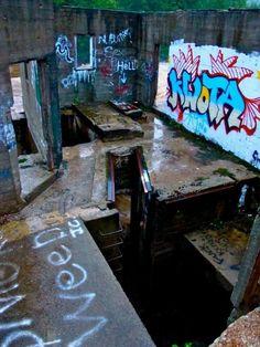 """Abandoned dam nicknamed """"Hell"""" somewhere in Bethlehem, NH"""