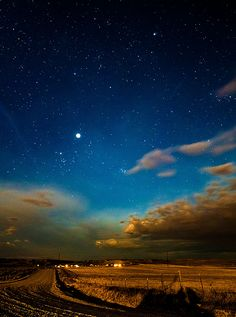 Dont forget to look up Night sky in central Montana, near Molt  Benjamin C.