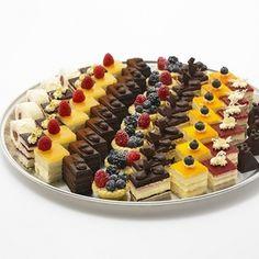 Party Platters ∗ Cakes Etc. Mini Desserts, Individual Desserts, Wedding Desserts, Delicious Desserts, Wedding Cakes, Party Platters, Food Platters, Dessert Platter, Dessert Bars