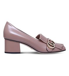 GUCCI Marmont Leather Pumps. #gucci #shoes #heels