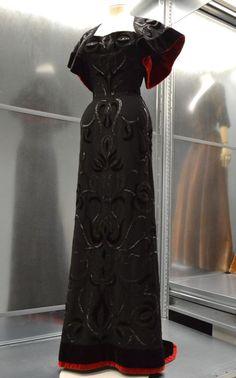 Balenciaga, Ensemble du soir. Boléro et robe fourreau à bustier, Haute couture 1947