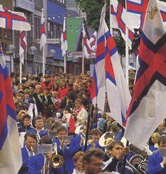 The annual Ólavsøka parade on 28 July. ◆Faroe Islands - Wikipedia http://en.wikipedia.org/wiki/Faroe_Islands #Faroe_Islands