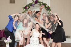 girlfriends wedding photo, best friends photo, brides maids photo, veil and maids,