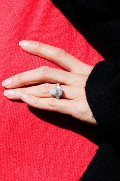 LOVE Bethenny Frankels flat engagment ring Mr and Mrs Henning