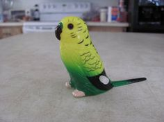 Wind up budgie toy by Sorath-Rising