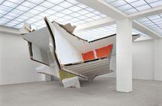 Felix Schramm, Misfit, 2006, Sheetrock, Wood, Pigments, 4 x 15 x 25m, Hamburger Bahnhof, Berlin, Germany