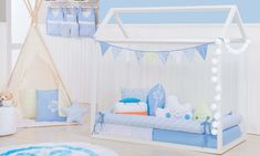 A decoração do quarto montessoriano é repleta de possibilidades lúdicas e divertidas. Hoje vamos falar do Kit Montessoriano Azul, um dos mais procurados no segmento, principalmente pelas mamães de menino. Ao lado do rosa, a tonalidade segue como uma das favoritas na decoração dos quartos infantis.