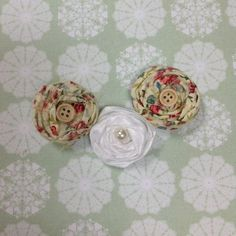 How to make shabby chic fabric flowers