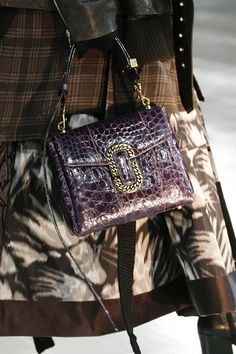 An impressive body of work that finished the week on a high Marc Jacobs Autumn/Winter 2016-17- bag