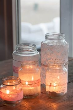 Leuke decoratie! Voor binnen maar ook erg leuk voor buiten op tafel. Ook erg leuk voor op een bruiloft;) Candle Jars, Candles, My Perfect Wedding, Wedding Mood Board, Diy Wedding Decorations, Red Wedding, Event Decor, House Warming, Centerpieces