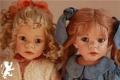 Noelle & Gianna, by Elisabeth Lindner